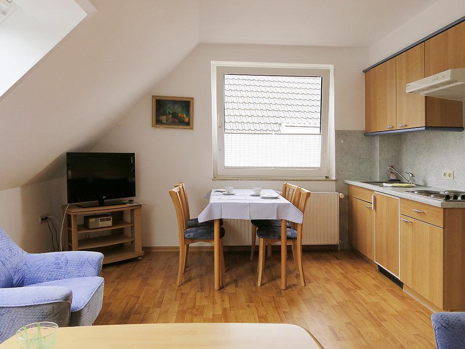 ferienwohnung 2 f r 2 bis 4 personen 55qmferienwohnung auf norderney haus wirdemann. Black Bedroom Furniture Sets. Home Design Ideas